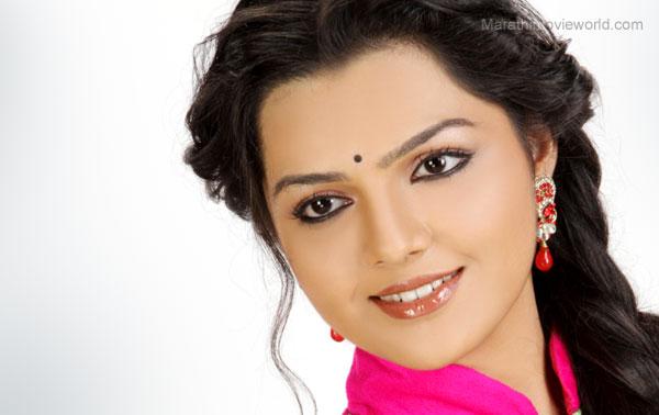 Aarya Ambekar, Picture