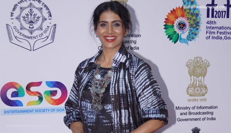 Actress Sonali Kulkarni Image