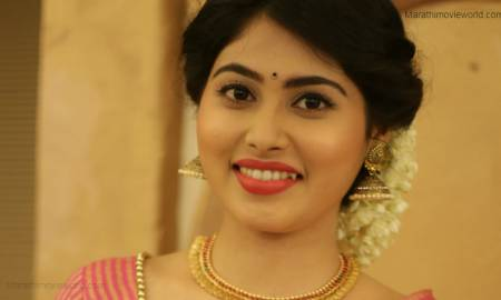 Akshaya Hindalkar Actress Photo
