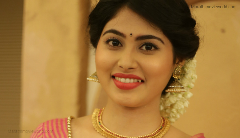 Akshaya Hindalkar Actress Photo