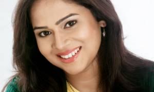 Bela Shende Singer Image