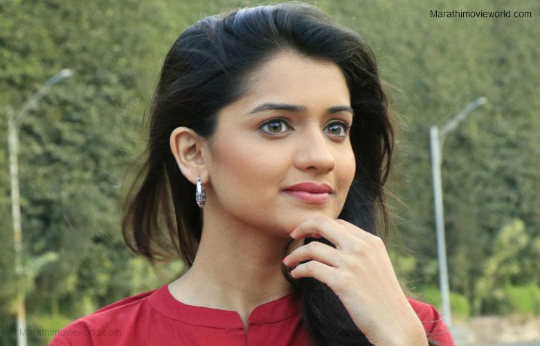 Hruta Durgule Actress