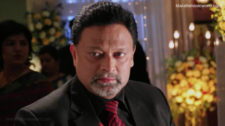Kiran Karmarkar Actor Picture