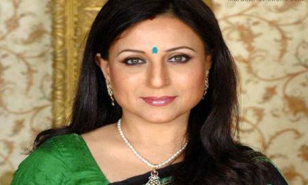 Kishori Shahane Vij Picture