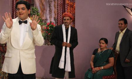 Mangesh Desai In Ekk Albela Marathi Movie