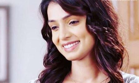 Mayuri Deshmukh Actress Picture