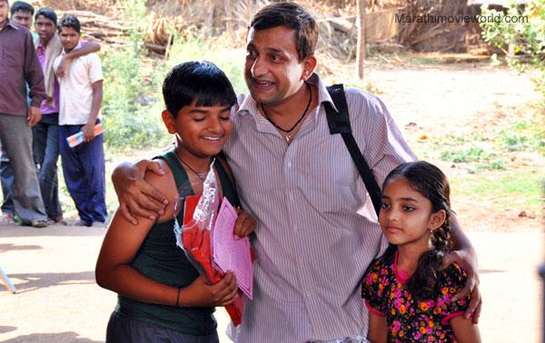 prasaPrasad Oak, Actor, Mohar movie.d oak actor in mohor movie.