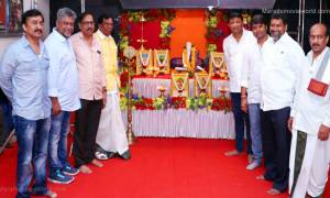 'Raibacha Dhadaka' Marathi movie Muhurat