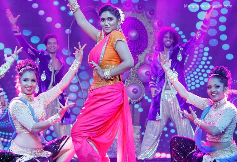 Actress Rinku Rajguru Dance Performance