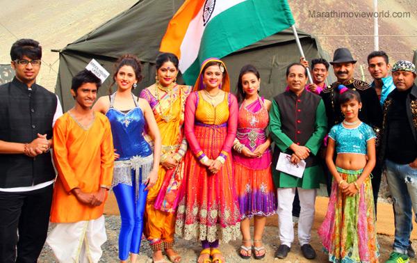 Shweta Shinde Bhargav Chirmule Teja Deokar Marathi Actress Marathi Tadaka Team