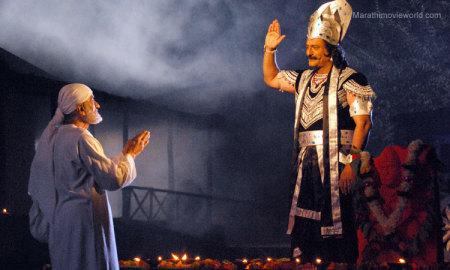 sudhir-dalvi-saibaba-milind-gunaji-shanideo-lord-of-shingapur-moviestill