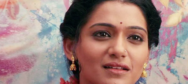 Kaakan Marathi FIlm, Urmila Kothare