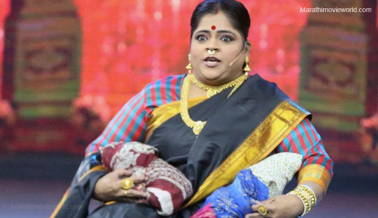 Vishakha Subhedar in Zee Talkies awards